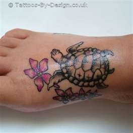 25 best ideas about cute turtle tattoo on pinterest hippo tattoo cute doodles and simple. Black Bedroom Furniture Sets. Home Design Ideas