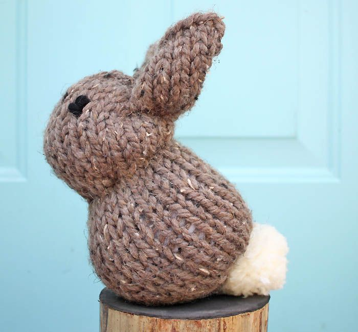 One Square Stuffed Bunny beginner knitting pattern. Would be such a cute handmade baby shower gift idea.