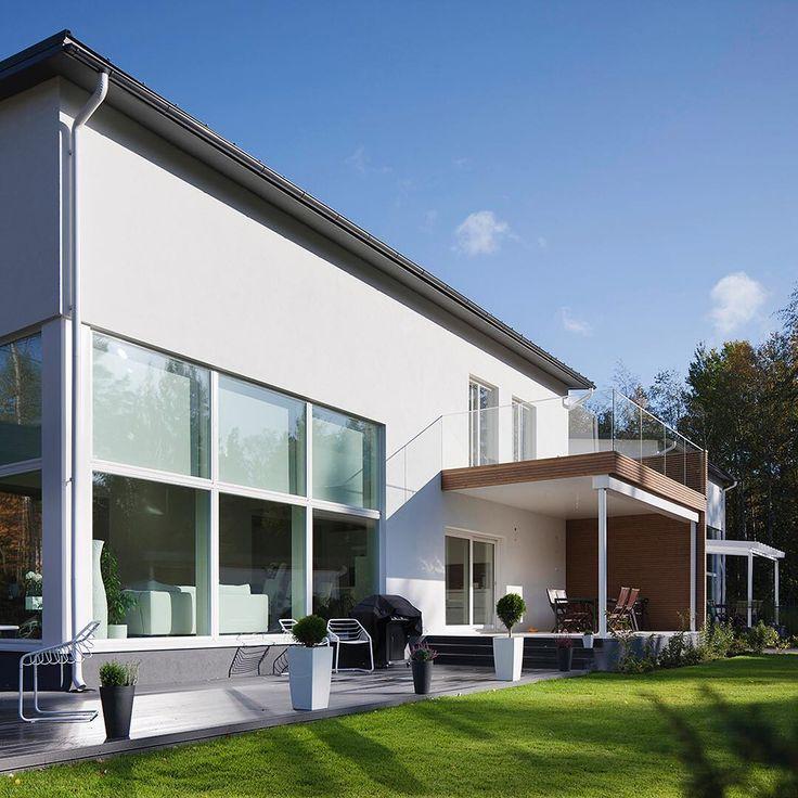 Moderni ja tyylikäs Lammi-Kivitalo, #architecture #lammikivitalo #kivitalo #house #piha #valkoinen #moderni #ajaton #tyylikäs #talo