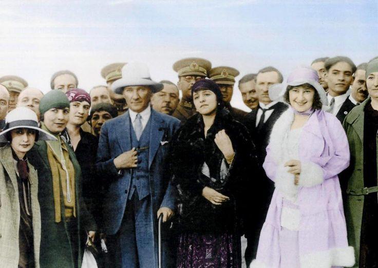 10 Kasım Atatürk'ün Ölüm Yıldönümü