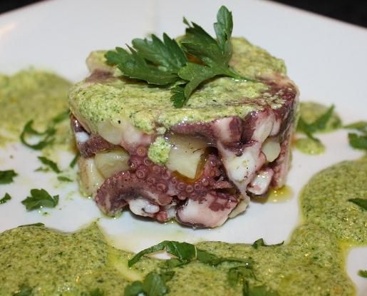 Insalatina di polpo e patate in salsa verde.