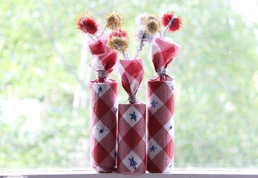 How to Make Firecracker Party Crackers