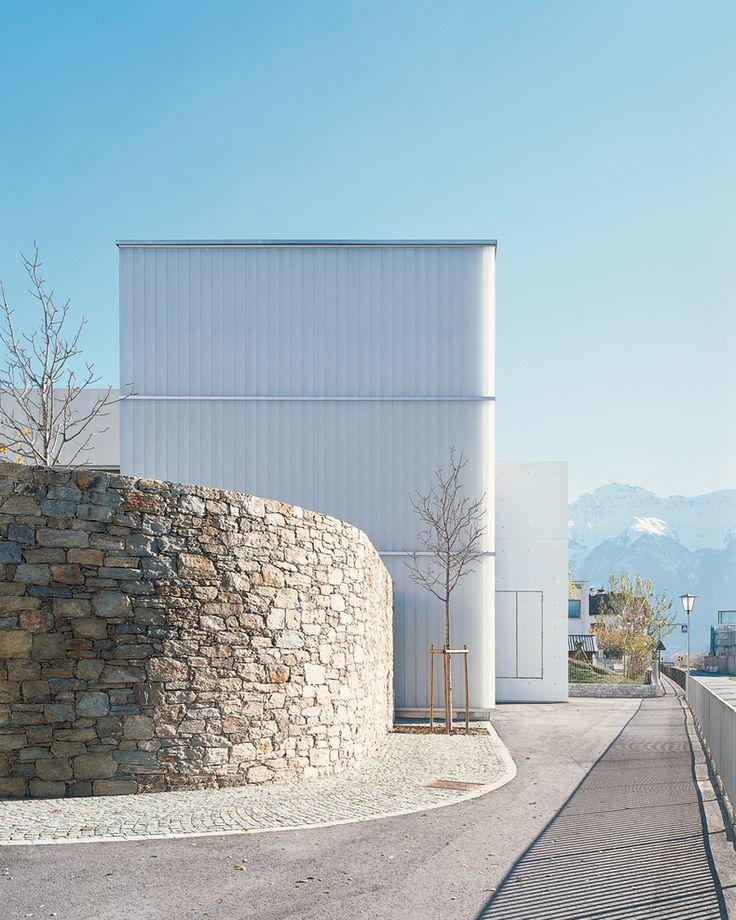 ArchitecturePasteBook.co.uk ((via Jürgen Wallnöfer — Vereinshaus —...)