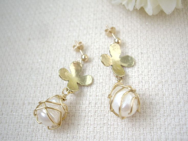Gold flower and pearl dangle earrings, Wire caged earrings, Unique and simple pearl earrings,  Gift for her, Graduation gift, Free gift wrap - pinned by pin4etsy.com