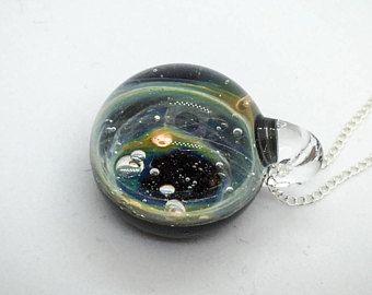 Pendentif Space Glass Vortex verre borosilicate et argent massif