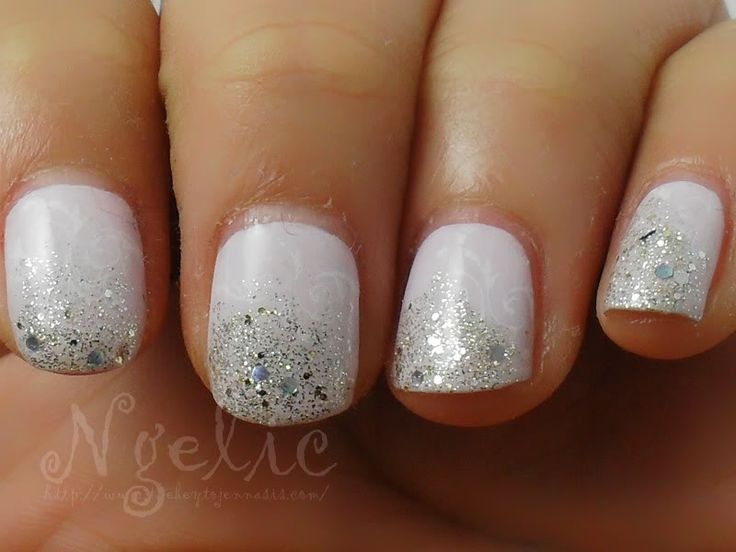wedding nails?Wedding Nails, Beer Bottle, Sparkle Nails, Glitter Nails, Parties Nails, White Nails, Nails Ideas, Wedding Manicure, Sparkly Nails