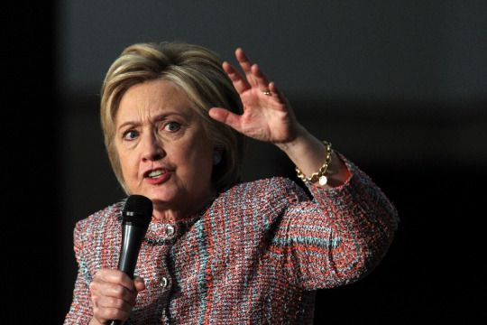 Detroit (AFP) - The powerful United Auto Workers union endorsed Hillary Clinton's White House bid and questioned Donald Trump's support of its members. In a statement, UAW President Dennis Williams...
