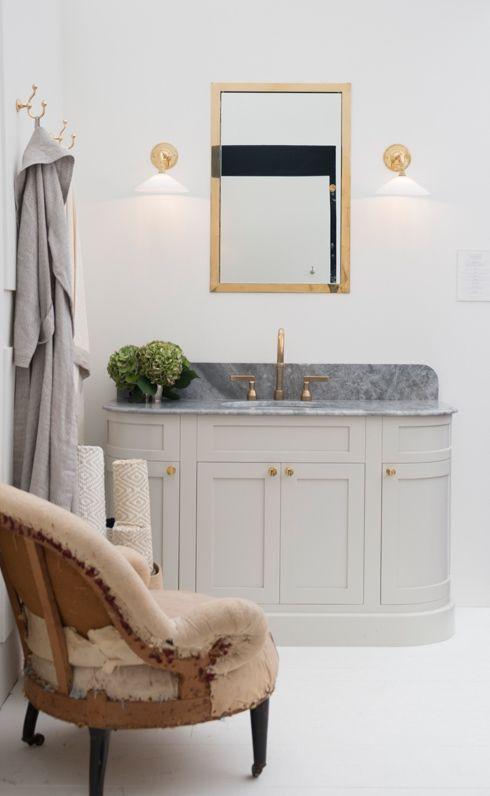 17 Best Images About Mirrors Medicine Cabinets On Pinterest Round Bathroom Mirror Hotel