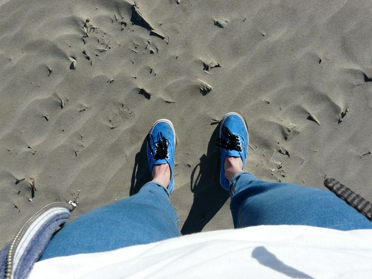 Sea, vans and sun - So Everything