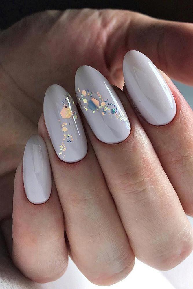 30 Pinterest Nails Wedding Ideas You Will Like Wedding Forward Romantic Nails White Gel Nails White Glitter Nails