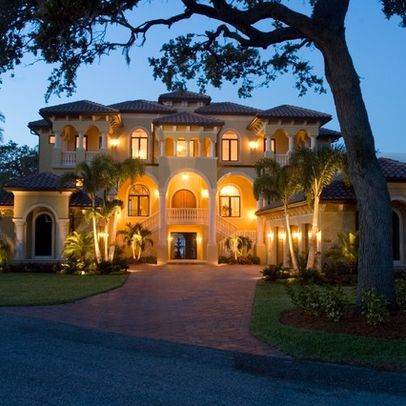 17 best ideas about luxury home designs on pinterest for Luxury home exterior