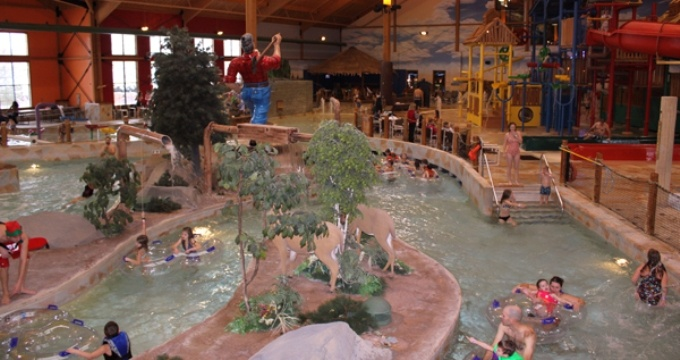 One of our most popular optional trips is a day trip to the Grand Lodge at Stoney Creek, a 50,000 square foot water park in Wausau. #camp www.deerhorn.com