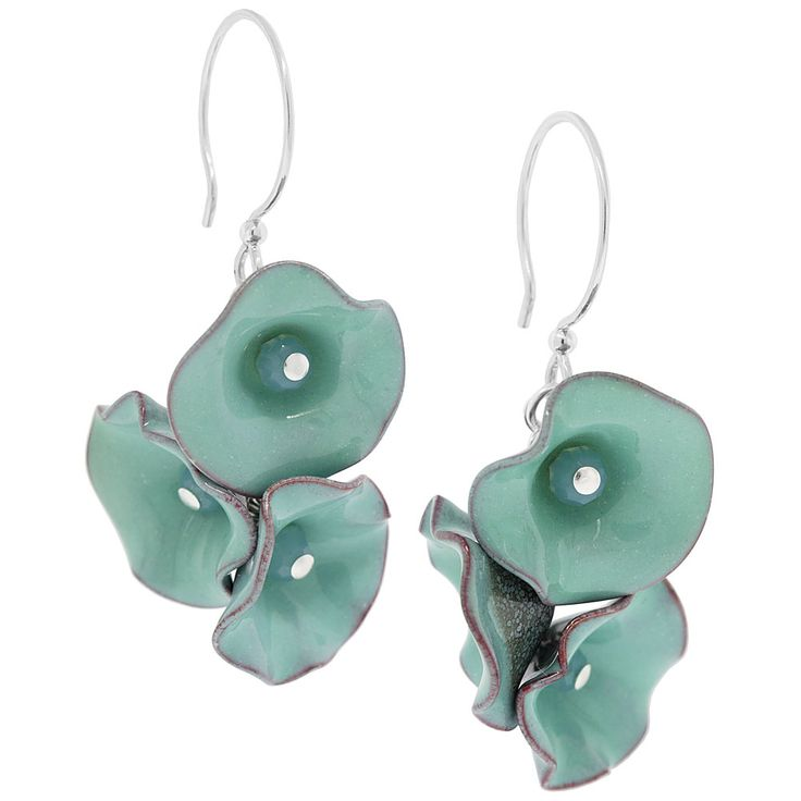 I want to make these in every color available!  Make Me | Seafoam Petals Earrings | Fusion Beads Inspiration Gallery