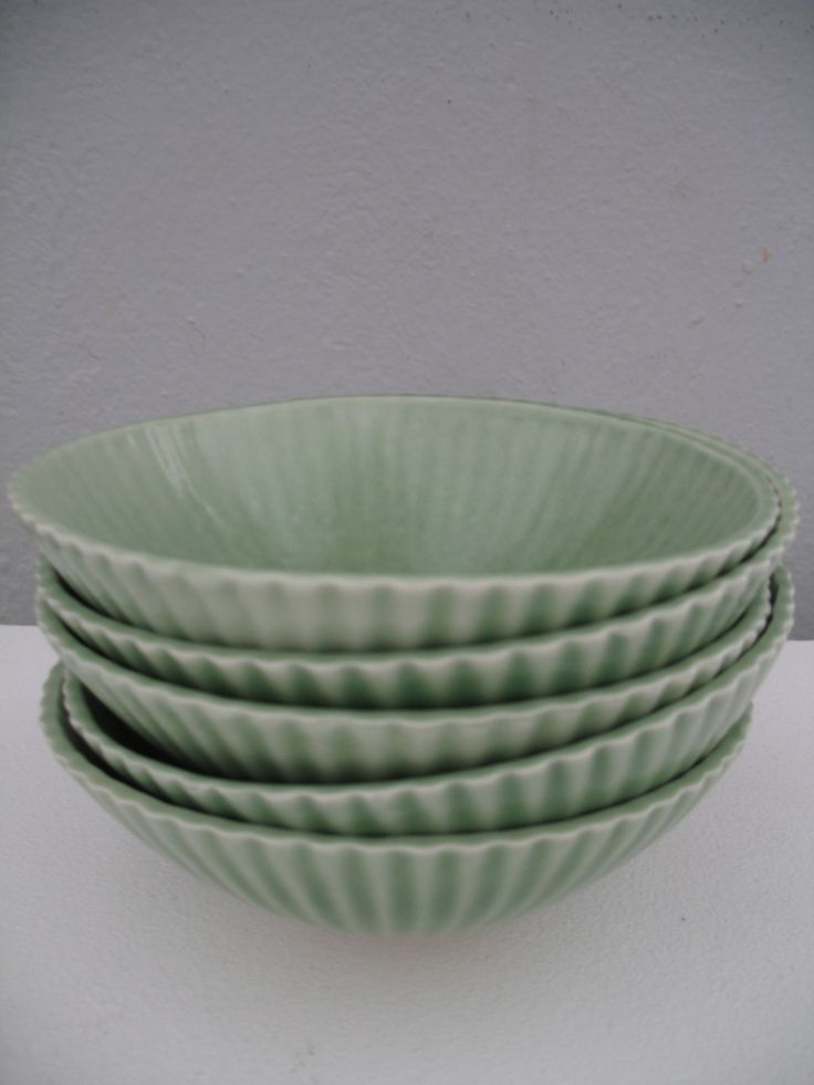 Green bowls by Pirjo Pesonen