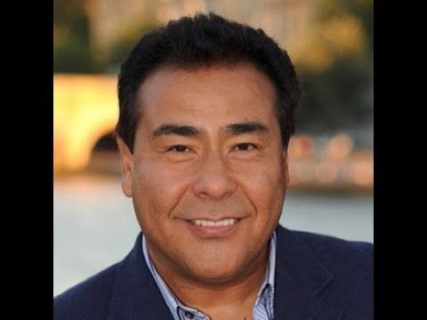 ▶ John Quinones reads The Shark in the Park - FULL VERSION - YouTube