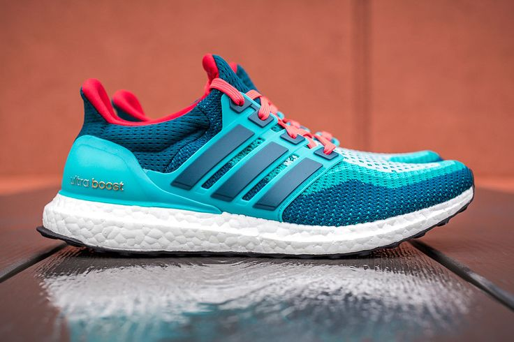 adidas ultra boost pink blue
