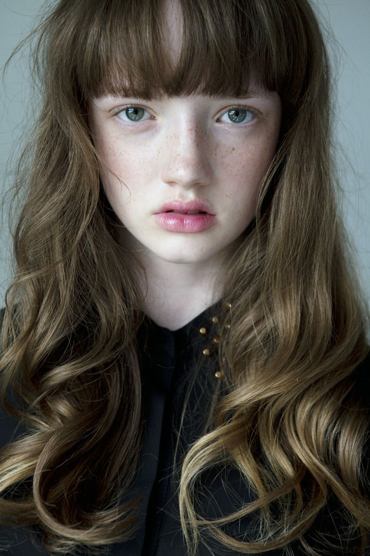 Amberley :: Newfaces – Models.coms Model of the Week and Daily Duo
