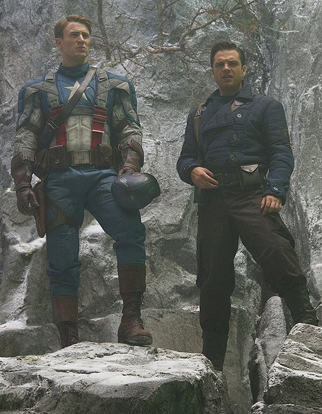 Captain America & Bucky Barnes oh look @Christina Childress Childress Childress it's two of our most favorite people