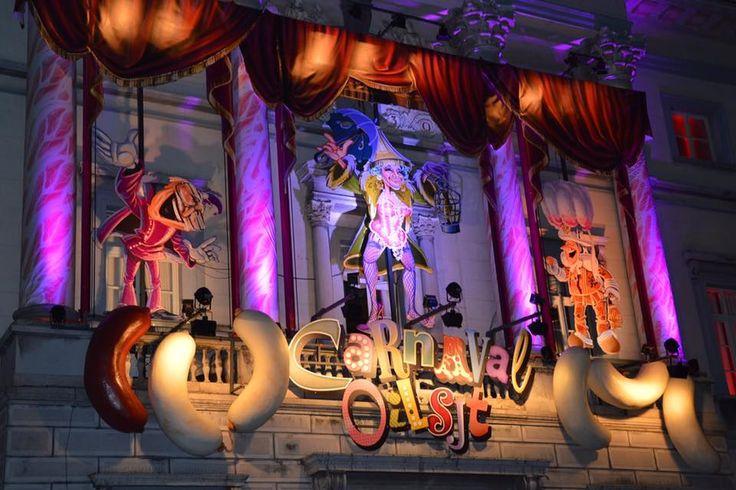 Carnaval aalst Versiering Stadhuis ! c