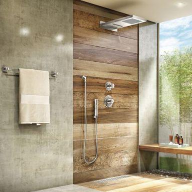 Banheiro em cimento queimado e porcelanato imitando madeira de demolição