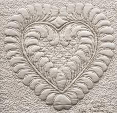 Feather heart quilting design