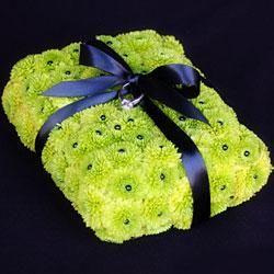 DIY How-To: Green Button Mum Ring Bearer Pillow : DIY Wedding