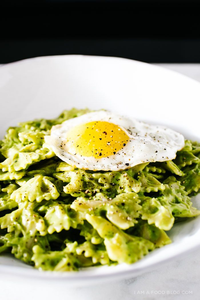 dinner in 15 minutes! avocado pasta recipe: fast, fresh and delicious!