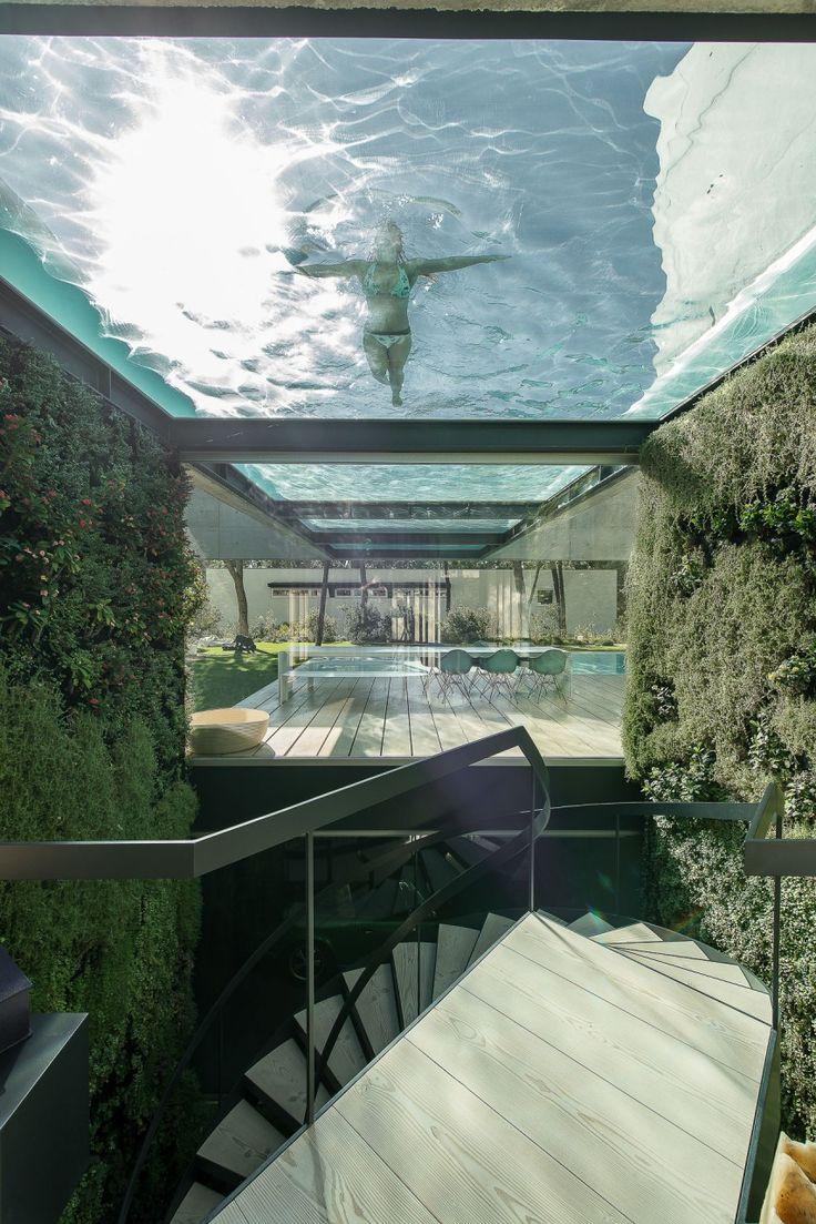 The Wall House, Cascais - Douglas stair treads by Dinesen