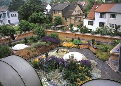 Dachbegrünungen Dachgarten, Foto: ZinCo GmbH                                                                                                                                                                                 Mehr
