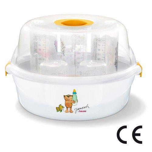 El esterilizador de vapor para microondas Beurer JBY40 desinfecta hasta 5 biberones en cinco minutos y tiene el tamaño justo para que te lo puedas llevar de viaje.