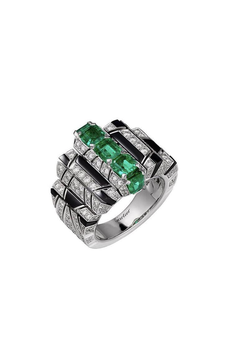 CARTIER. Ring #Cartier #CartierMagicien #2016 #HauteJoaillerie #HighJewellery #FineJewelry #Emerald #Onyx #Diamond