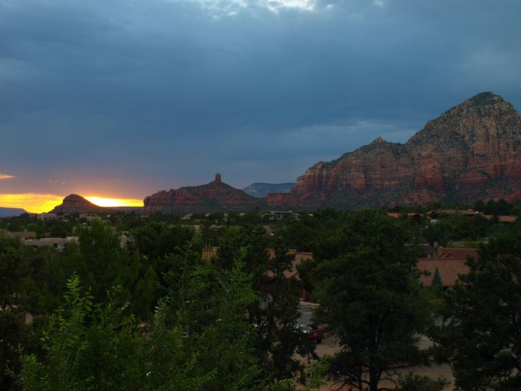 Sunset in Sedona. More on foodensomuchmore.nl
