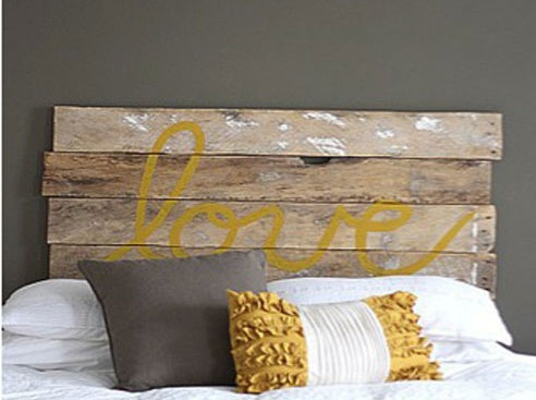 DIY headboard... I am going to make this dorm friendly and get on this.. now.