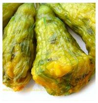 Kabak Çiçegi Dolmasi (stuffed zucchinis flowers ) with recipe