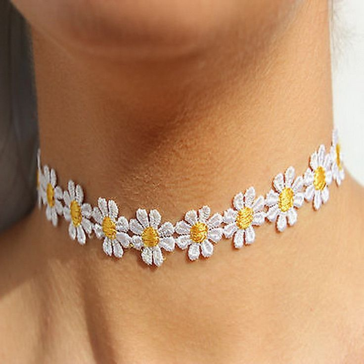 Amazon.com: eKingstore Delicate Daisy Flower Choker Chain Necklace Yellow & White Boho 80s 90s: Jewelry