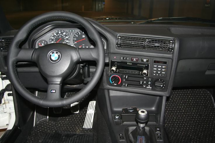 ne1 have pics of an e30 leather dash r3vlimited forums. Black Bedroom Furniture Sets. Home Design Ideas