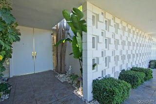I need a decorative cinder block wall in my life. Encino Mid Century Modern Home