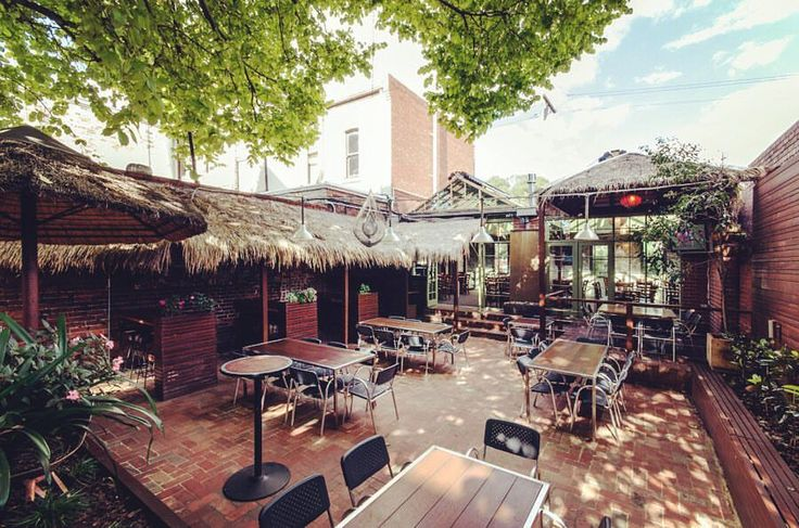 Looking for the best beer gardens in Melbourne in 2017? Check out our hottest destinations to head to soak up the sun in an awesome Melbourne beer garden.