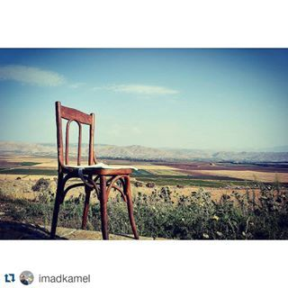 Our Saturday and Sunday Spot Imad! ☺ #AmmiqWeekends  #Nature #Beauty #Serenity  Thanks for sharing! Check #BeitAmmiq .  #Repost @imadkamel ・・・ My sunday spot  #bekaavalley #tawletammiq #livelovebekaa #bekaa #livelovebeirut #wearelebanon #ptk_lebanon #super_lebanon #peaceful #this_is_lebanon #lebaneseview_ #postcardsfromlebanon #nationalart #lunch #organic #healthy #food @soukeltayeb