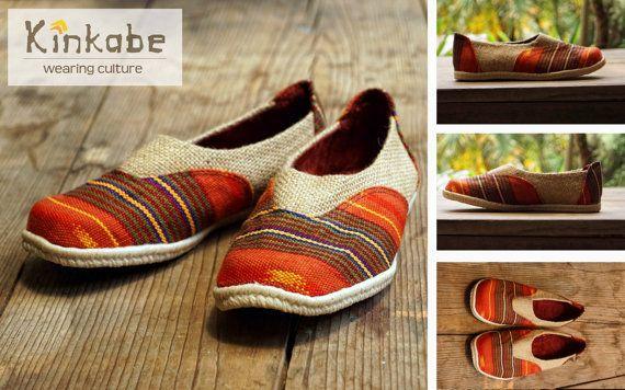 Hand made shoe from Guatemala, Chapinita drago rosso