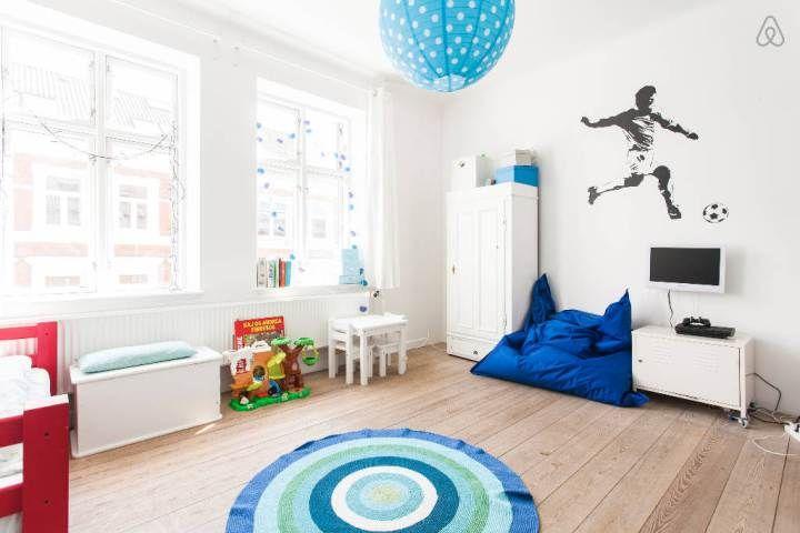 Post: Piso de vacaciones en Aarhus, Dinamarca --> decoración funcional, decoración interiores blog, decoración nórdica, distribución diáfana, estilo nórdico, muebles daneses, Piso de vacaciones en Aarhus dinamarca, pisos alquiler dinamarca