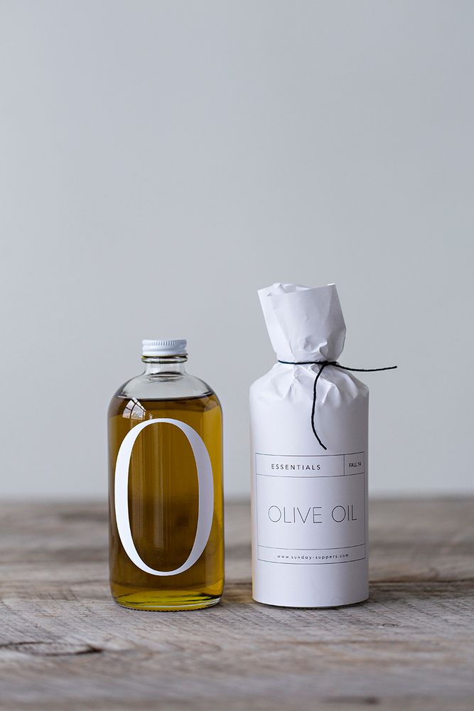 Products we like / Packaging / Olive Oil / Natural / Essential / White paper / at