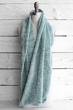Free Infinity Scarf Knitting Pattern | Manos Fino Circle Scarf