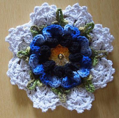 OS CROCHES DA ELSA: flor amor perfeito