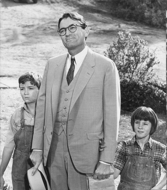 atticus and scouts relationship in to kill a mockingbird