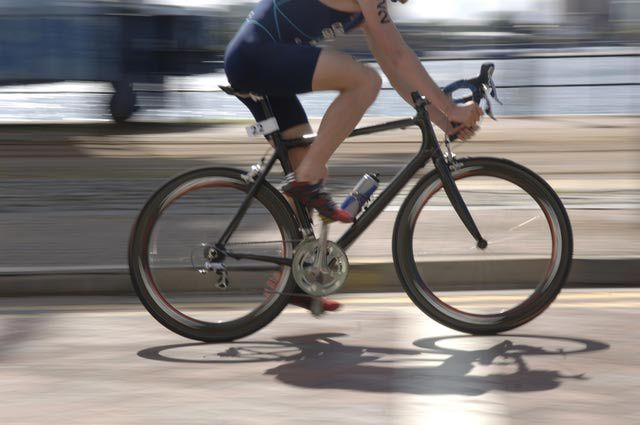 Chafing and rash caused by bike shorts is a common problem for cyclists. Here are ways you can avoid rashes and chafing on your next ride.