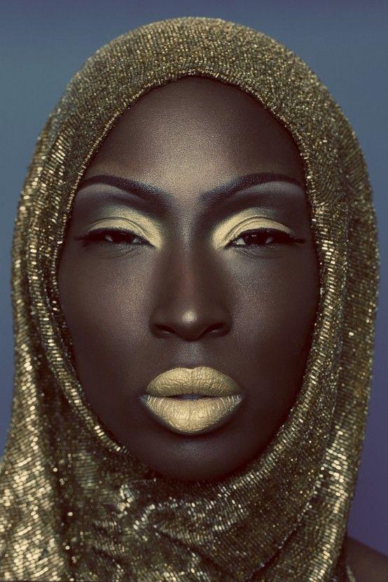 Resultados de la Búsqueda de imágenes de Google de http://www.tuescuelamaquillaje.com/wp-content/uploads/2012/05/Maquillaje-Ojos-Rasgados-Maquillaje-Ojos-Rasgados-Paso-a-Paso.jpg