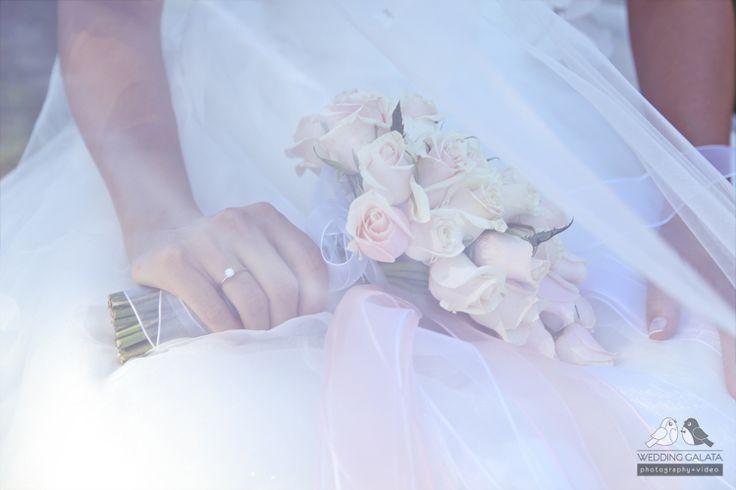 WeddingGalata Photography + Video #wedding #weddingphoto #weddingidea #weddinggalata #wedding #weddingphotos #photo #weddingphotoidea #bride #bouquet