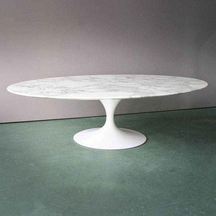 Oval Pedestal Coffee Table by Eero Saarinen for Knoll, 1970 3