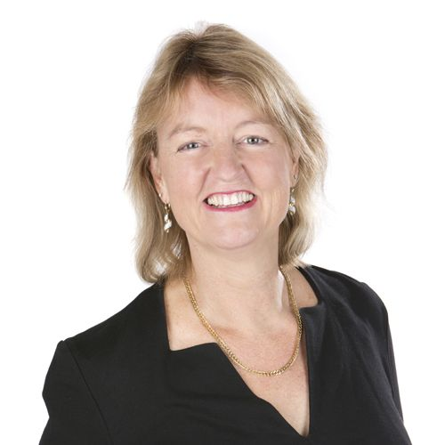 Elisé Burch is a highly motivated, adaptable, pragmatic and commercially focused HR Consultant and Employment Lawyer who has over twenty years of commercial experience, working with some of Australia's most respected organisations, including Commonwealth Bank, AMP and SEEK.  It was great building her brand and I love the bee!